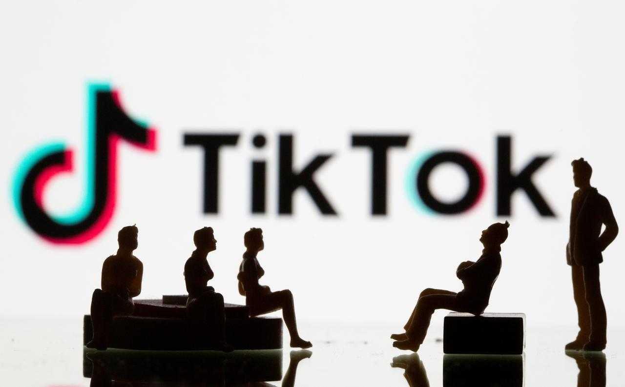 科技早报 | 特朗普称TikTok出售期限不会延长 苹果改主意允许Epic玩家使用其登录系统