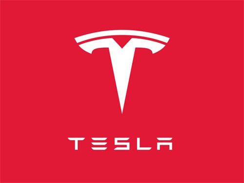 特斯拉开始与其他公司合作安装太阳能屋顶瓦片