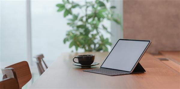 微软将于今秋发布新款Surface Pro X:处理器魔改第二代骁龙8cx