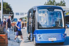 李彦宏:西部第一条自动驾驶公交线将在重庆投入运营