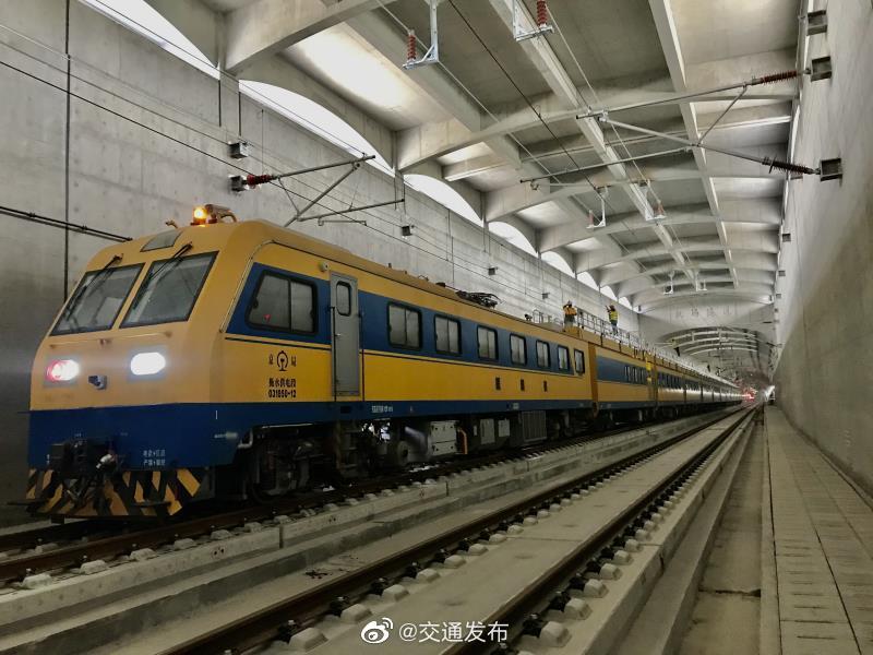 京雄城际铁路全线接触网贯通,系高铁投入首款智能接触网装备