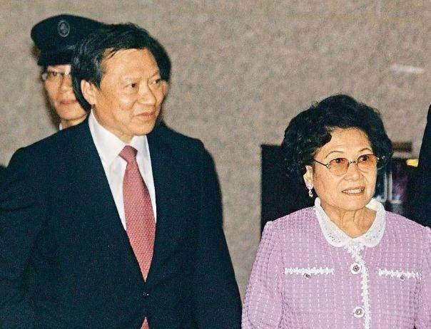 香港最有威望的包租婆:今年已92岁,一年靠收租就能赚200亿