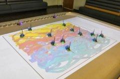 """科学家创建""""绘画""""集群机器人 遵循指示来创作艺术品"""