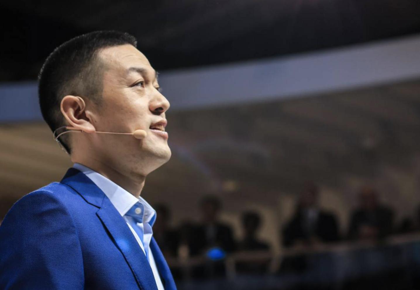 """蔚来否极泰来,一年暴涨580%,李斌撕下""""最惨""""标签"""