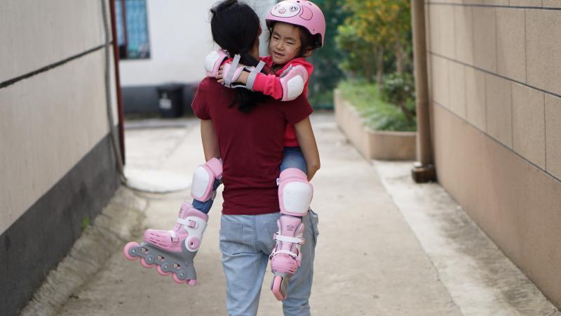 儿童速滑鞋哪个牌子好(一款儿童速滑鞋)