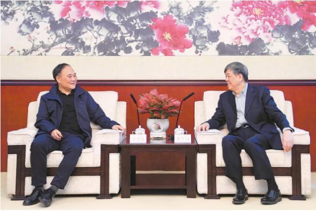 陆东福会见吉利控股集团董事长李书福一行
