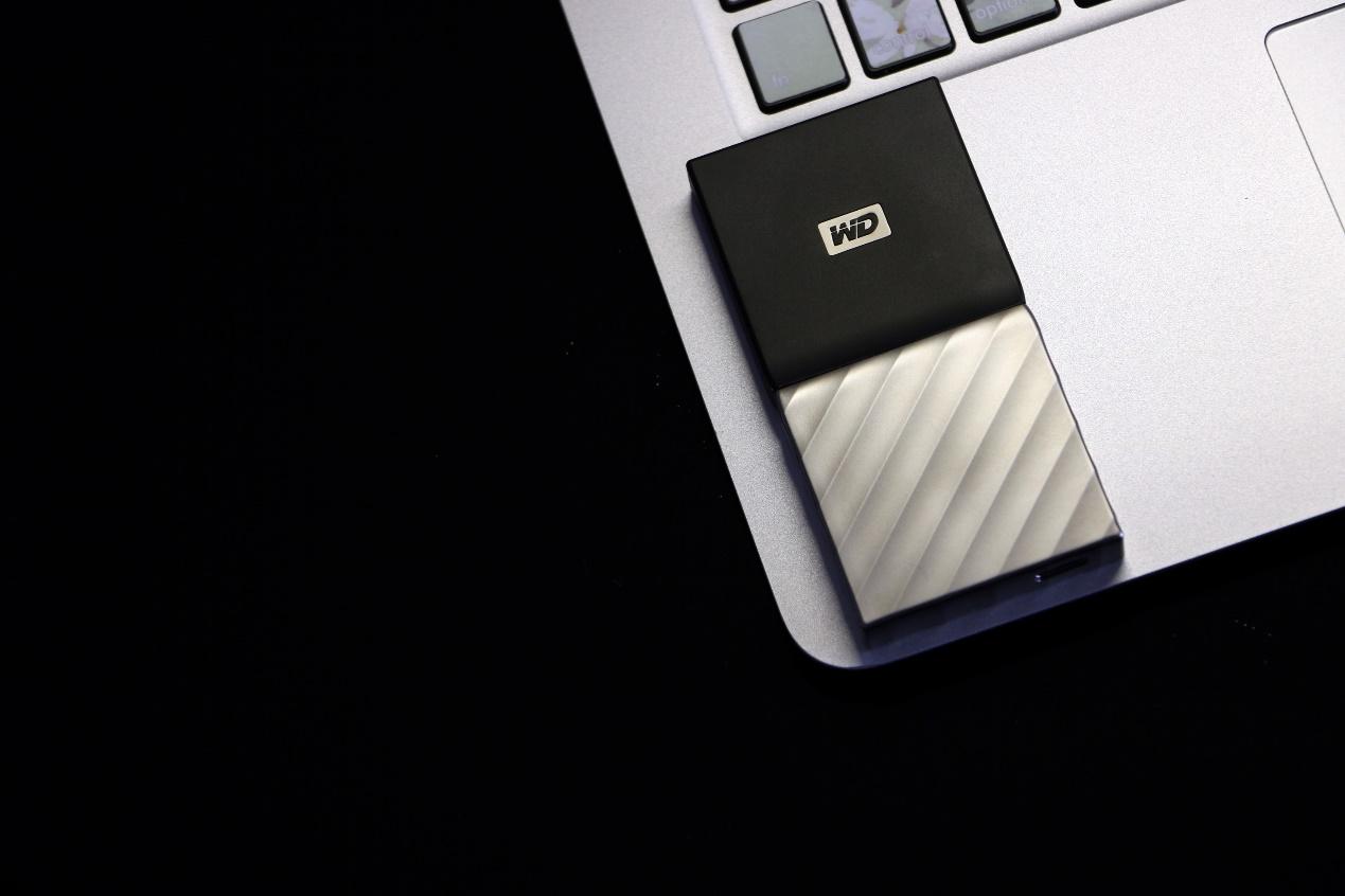 西数固态硬盘怎么样(西数My Passport SSD测评)