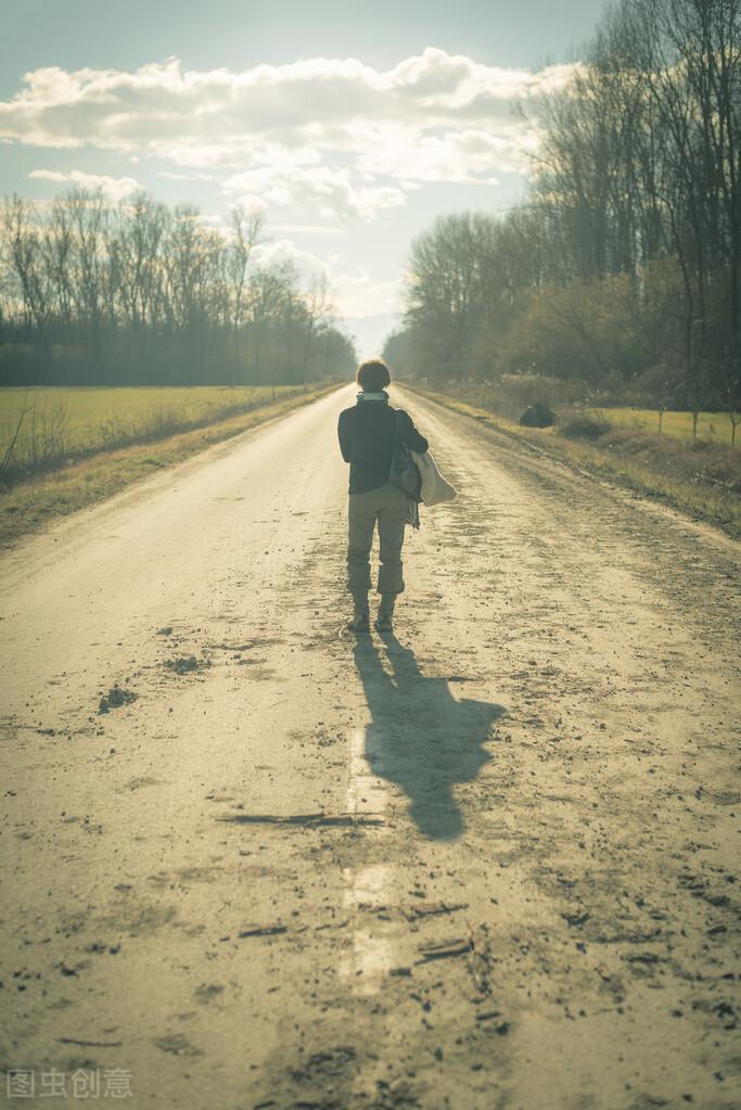 伤感得让人心碎的句子-让对方看了难受的说说