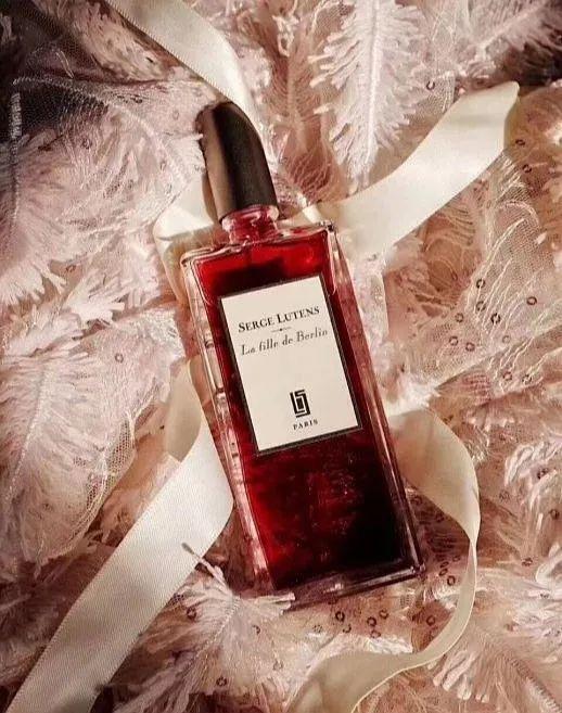 香水唯美语录简短-关于香水的唯美句子