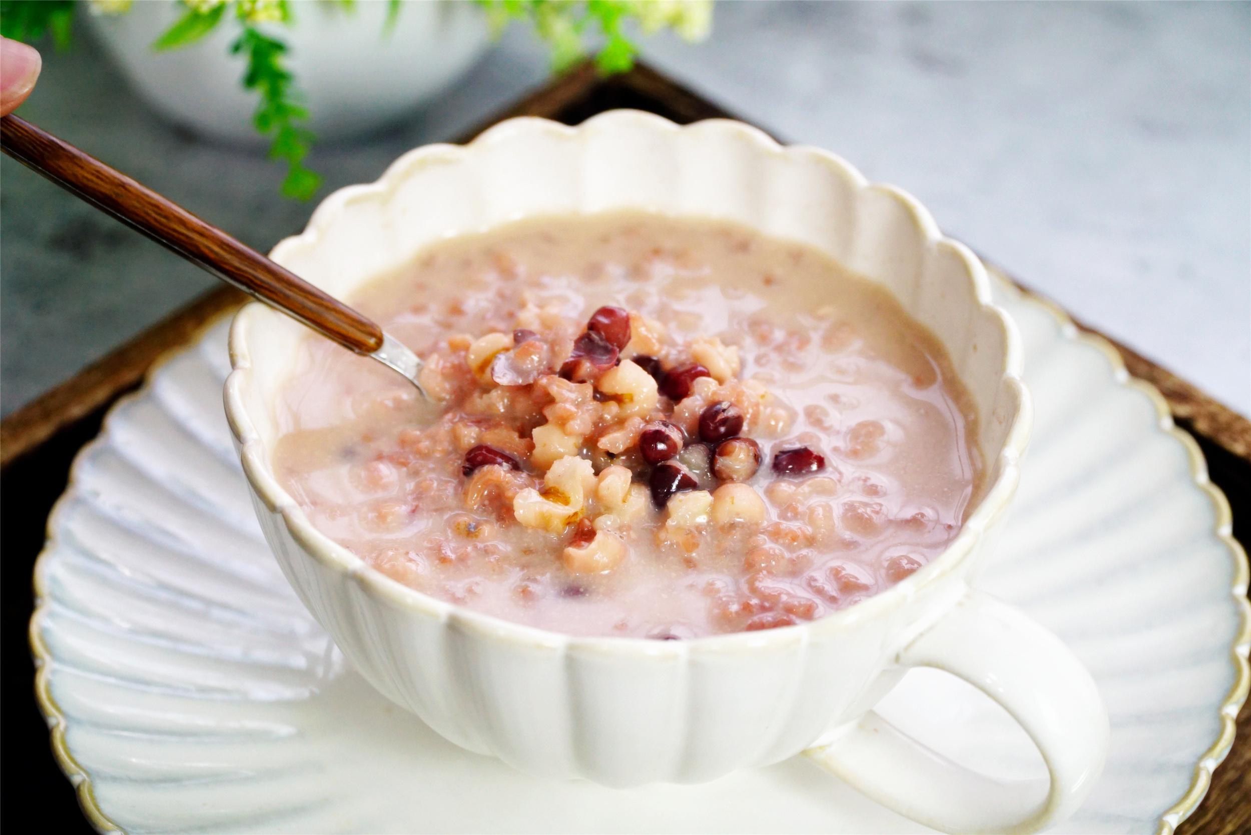 推荐10款适合时节的粥,秋天喝滋润又营养,入秋后懂吃更健康