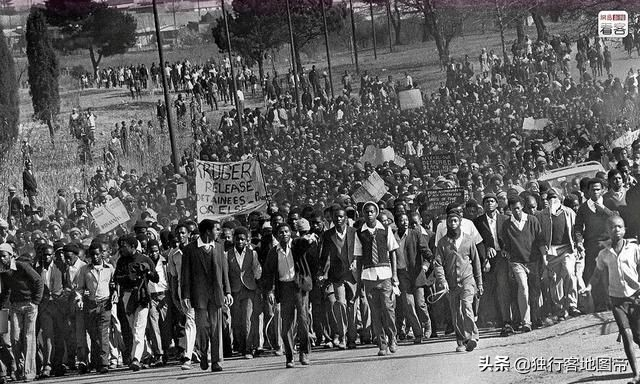 南非发生大规模混乱,这是一个什么样的国家?