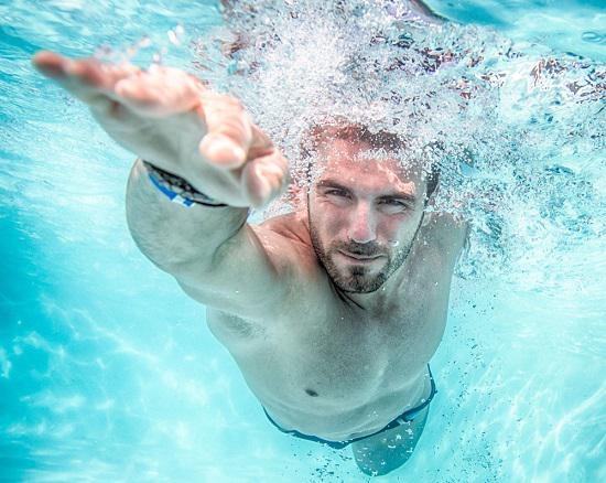 游泳的好处及弊端