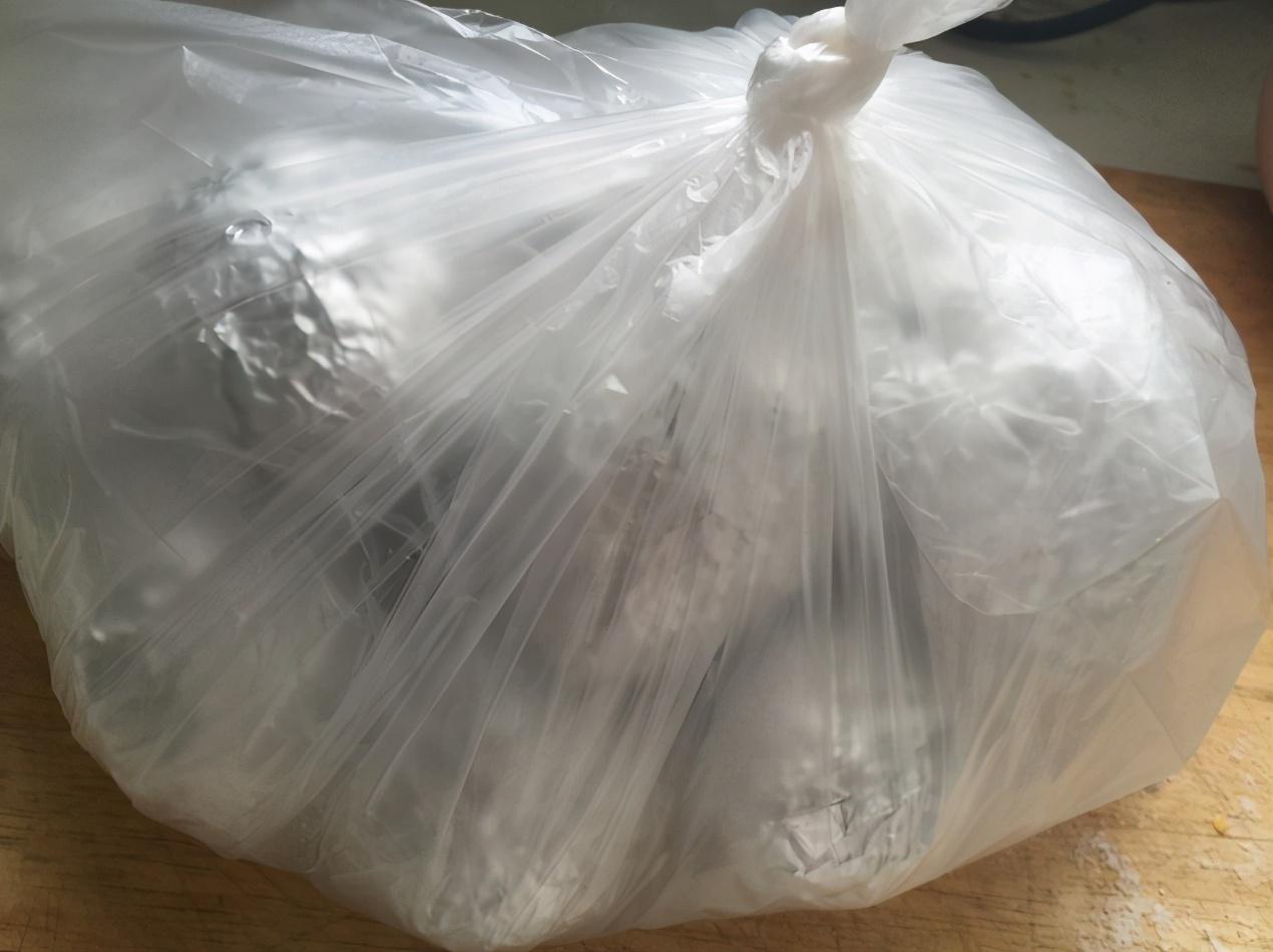 保存咸鸭蛋,用2物处理后放冰箱,保鲜12个月,和刚煮的一样好吃