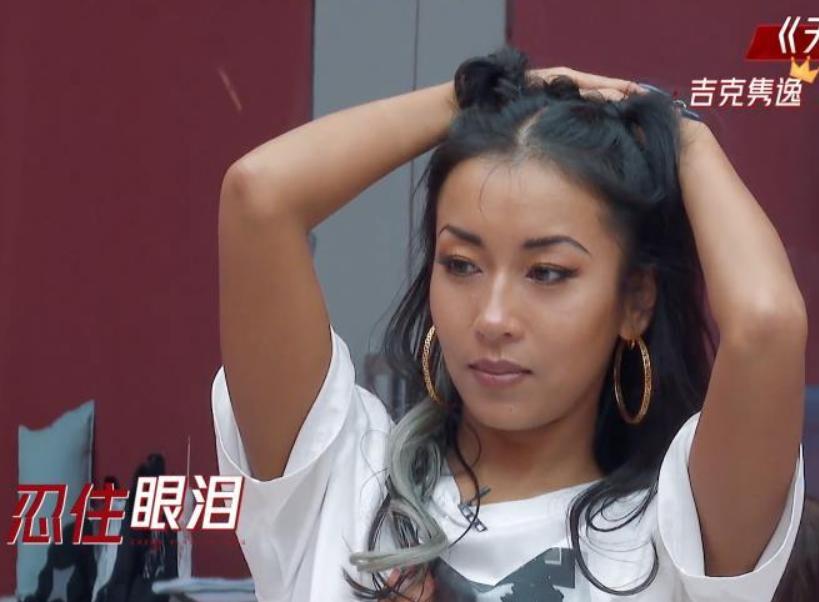 刘欢徒弟:从大山姑娘到红遍全网,吉克隽逸是如何逆袭的?