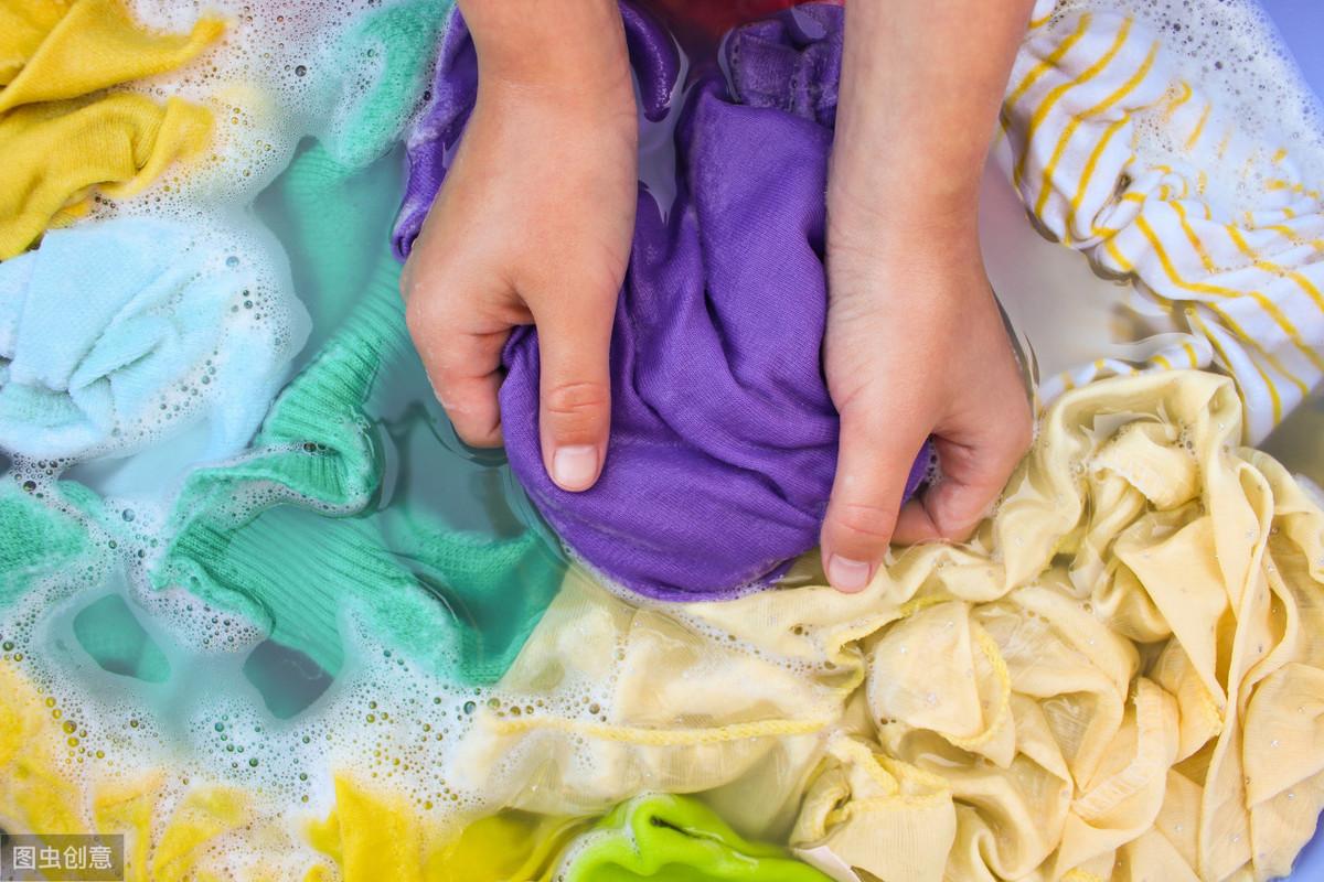 衣服沾上辣椒油,用这方法轻松洗掉,就是如此简单