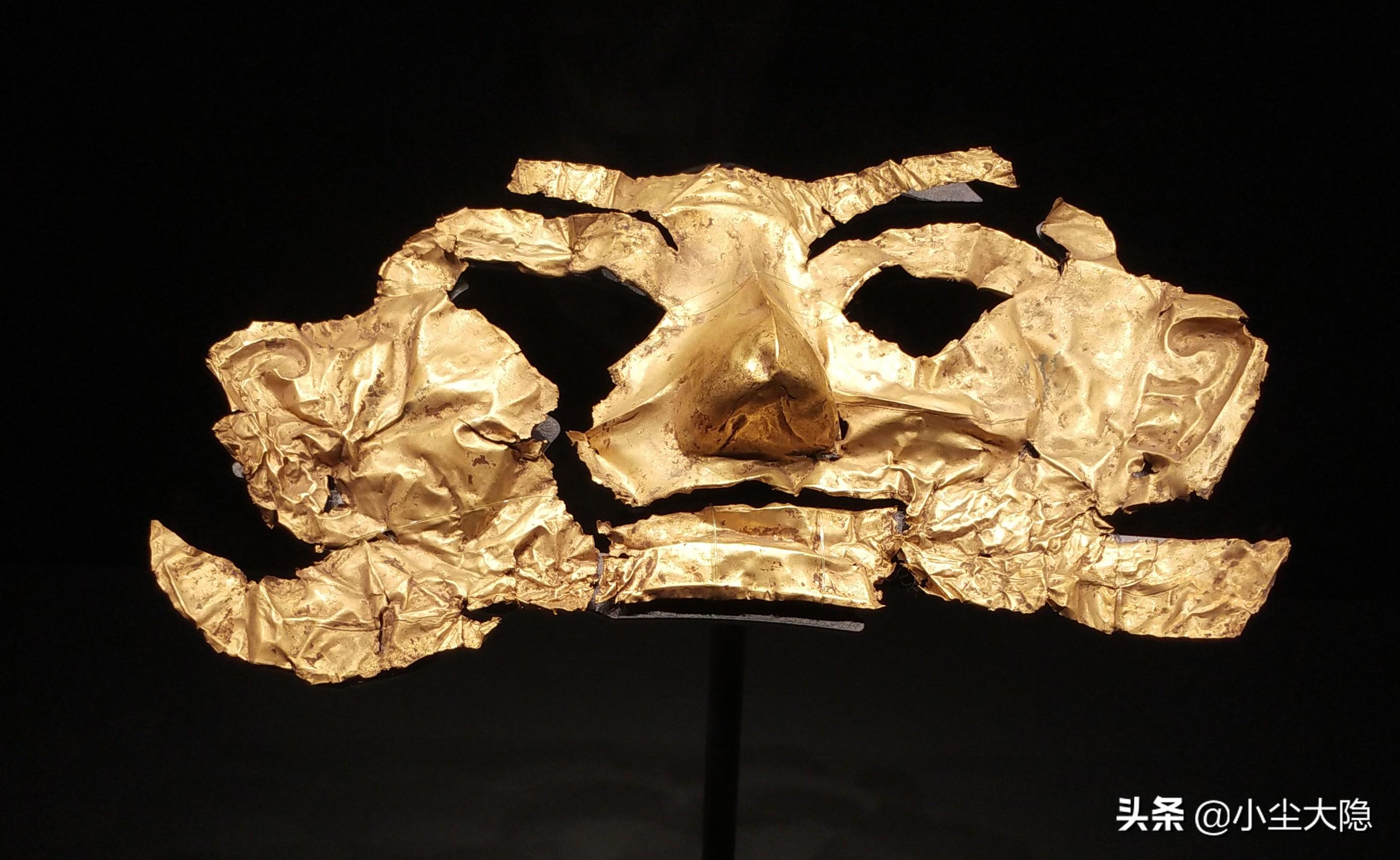 三星堆新出的金面具为什么有耳洞?