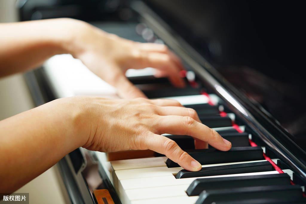 图文解析:钢琴入门指法练习,纯干货,大家试一试